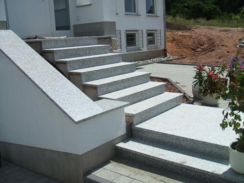 treppen fensterb nke bodenbel ge sandstein. Black Bedroom Furniture Sets. Home Design Ideas